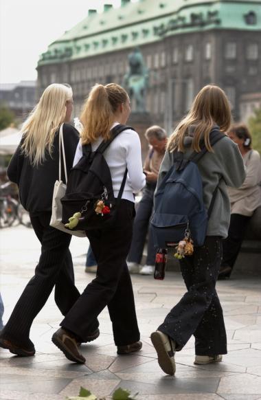 De fleste danske teenagere – faktisk hele 90 procent – er aktive eller i det mindste til stede på den sociale netværksside Facebook.