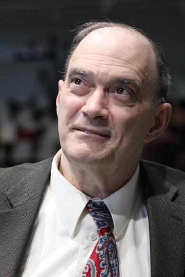 NSA's praksis er 'sådan noget, der ellers kun er kendt fra diktaturer', sagde William Binney, da han i går deltog i høring om NSA's overvågning i Forbundsdagen i Berlin. Han var teknisk direktør i NSA, men forlod jobbet i oktober 2001 kort efter 11. september.