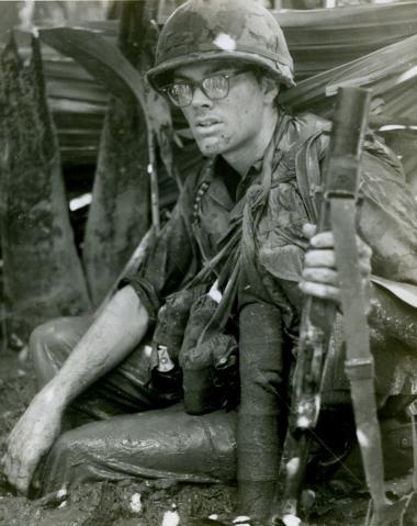 Vietnamkrigen var verdens første tv-dækkede krig. Den kom brutalt ind i vores stuer og var svær at ignorere