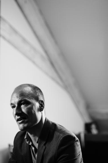 Enhedslistens Pelle Dragsted medgiver, at der på den danske venstrefløj tidligere har hersket en frygt for at løbe racismens ærinde i debatten om kultur og kvindesyn. Men den berøringsangst mener han, venstrefløjen har lagt bag sig