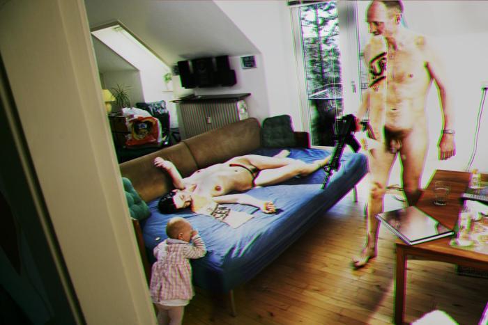 nøgen i hjemmet
