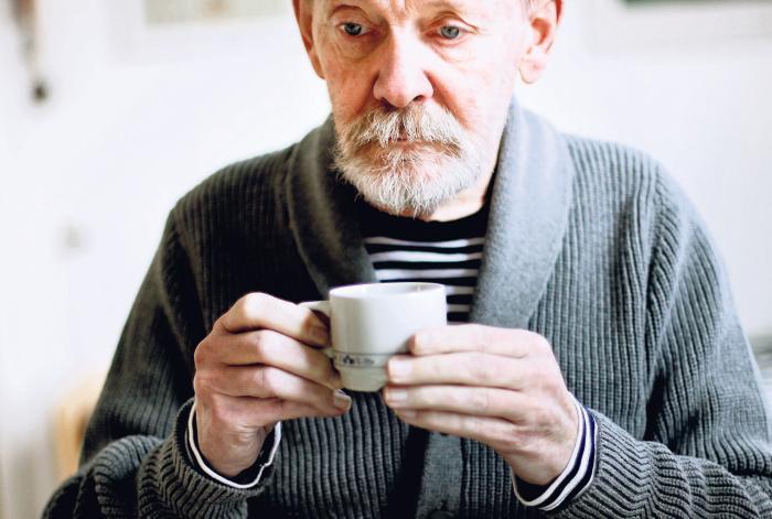 hvorfor bliver man dement