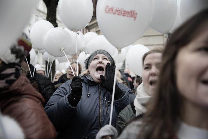 909d306960c Læger protesterede fredag over, at en yngre læge fra Svendborg Sygehus er  blevet dømt for