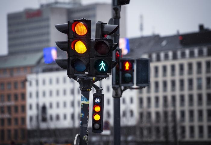 60c4b688a33 Spørgsmålet om bukser og kjoler på trafiklysene var i følge den radikale  byrådspolitiker Christopher Røhl ikkeeksisterende