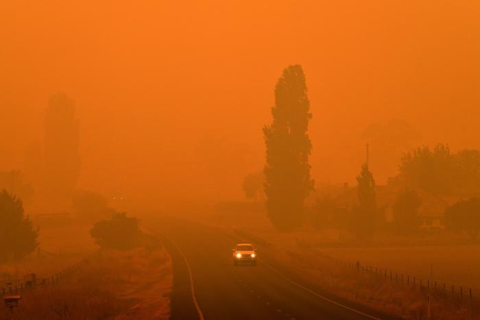 I Australien Er Himlen Rod Og Undergrunden Sort Information