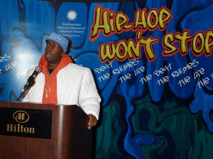 Grandmaster Flash, en af hiphoppens foregangmænd, var stor inspirationskilde for Tue Track