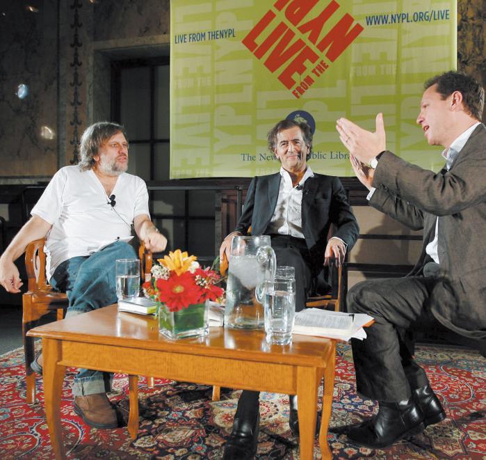 Duel. Verdens to rockstjerne-filosoffer, Slavoj Zizek og Bernard-Henri Lévy, tørnede i denne uge sammen i New York