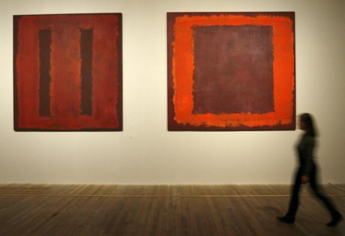 /b> er store, abstrakte billeder, der ofte kun har to dominerende farver.