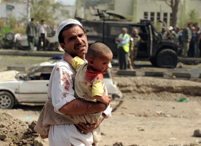 Hvordan kan vi nogensinde forvente, at der vil komme fred i lande som Afghanistan, hvis grundlaget for freden er ufredeligt?