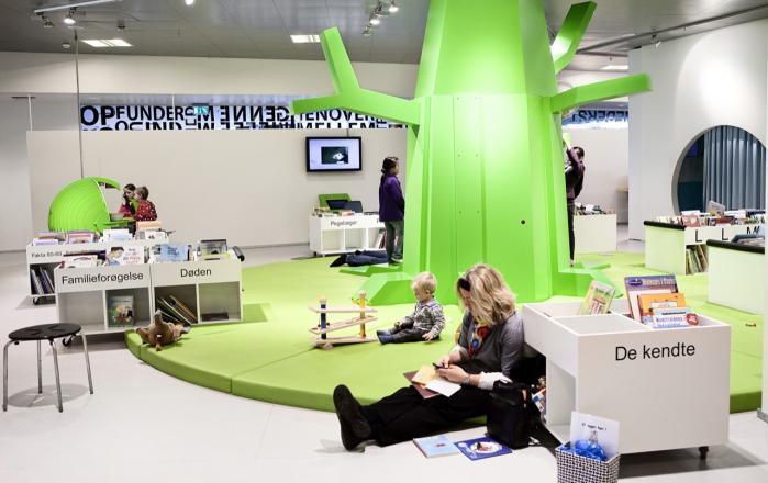 I april 2008 åbnede et nyt bibliotek i Hjørring. Biblioteket er inspireret af den amerikanske sociolog Ray Oldenburg, der taler om 'det tredje sted'   - stedet, der hverken er arbejde eller hjem, men et socialt værested.