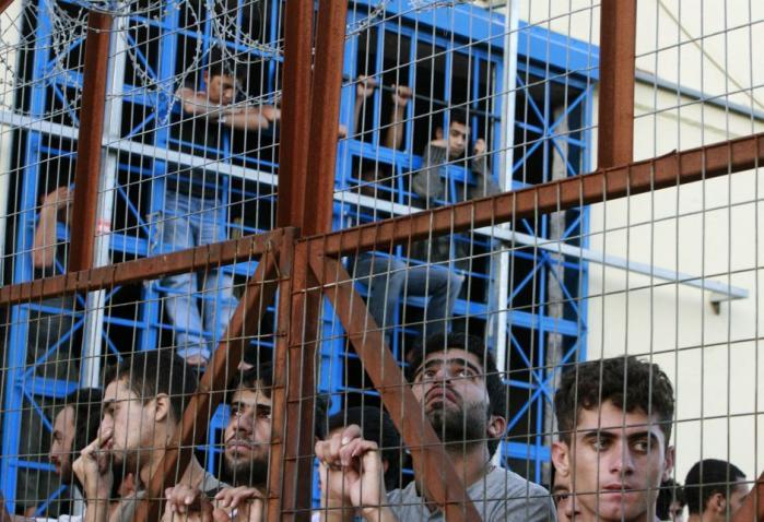 Grækenlands asylsystem er kollapset. Men det er kun symptomet på et europæisk system  i krise. Om en flygtning kan få ophold i EU afhænger nu ikke af risikoen for forfølgelse  i hjemlandet, men af hvor i Europa flygtningen søger asyl
