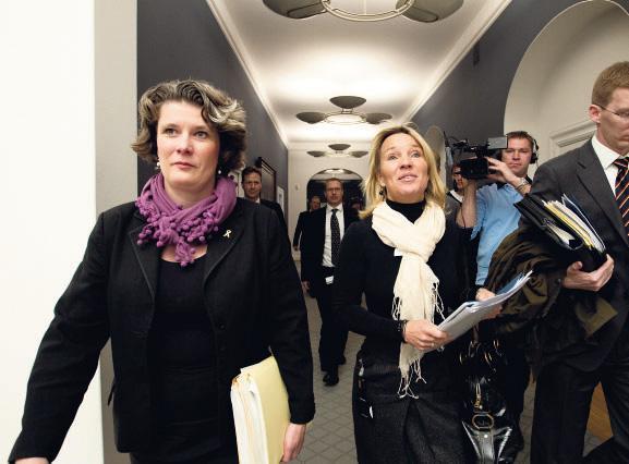 I mindst syv tilfælde er organiserede nazister og racister de senere år blevet indsat i enten Afghanistan, Irak eller Kosovo. Forsvarsminister Gitte Lillelund Bech (V) tager afstand fra 'alle former for racistiske ytringer', men vil ikke skærpe optagelseskravene