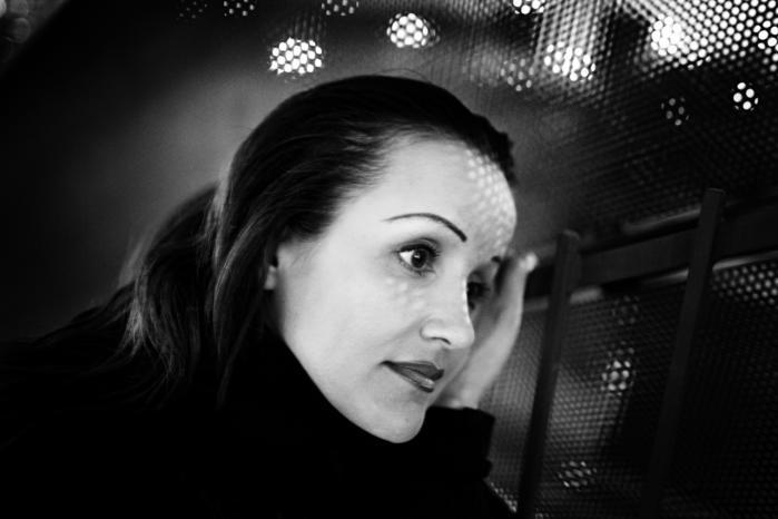 Milena Penkowa har i løbet af sin karriere offentliggjort op mod 100 videnskabelige artikler. Nu mistænkes hun ifølge Weekendavisen for fusk med forskningsresultater.