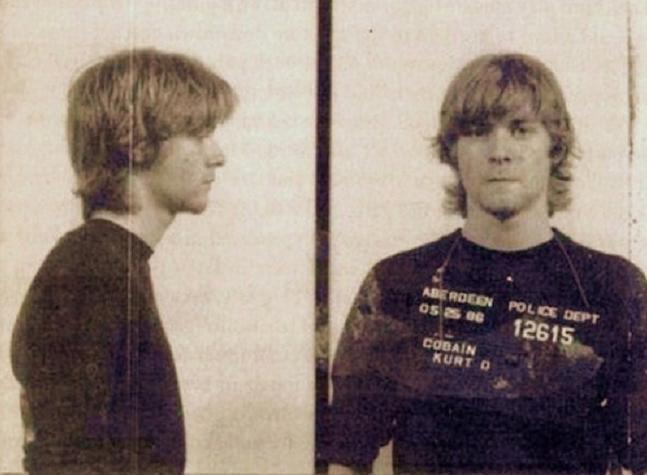 Oprør. 25. maj 1986 blev Kurt Cobain arresteret for at spraymale 'Ain't got no how watchamacallit' på en bankmur - og dermed ramte han vel meget godt en generations relation til den 'voksne' verden.