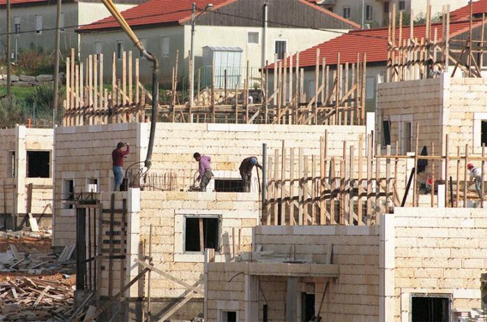 Revolutionerne i Mellemøsten får Israel til at hige efter sikkerhedsgarantier fra Vesten. Det giver  god mulighed for at stille modkrav, der kan bidrage til at løse konflikten med palæstinenserne. Spørgsmålet er, om EU tør