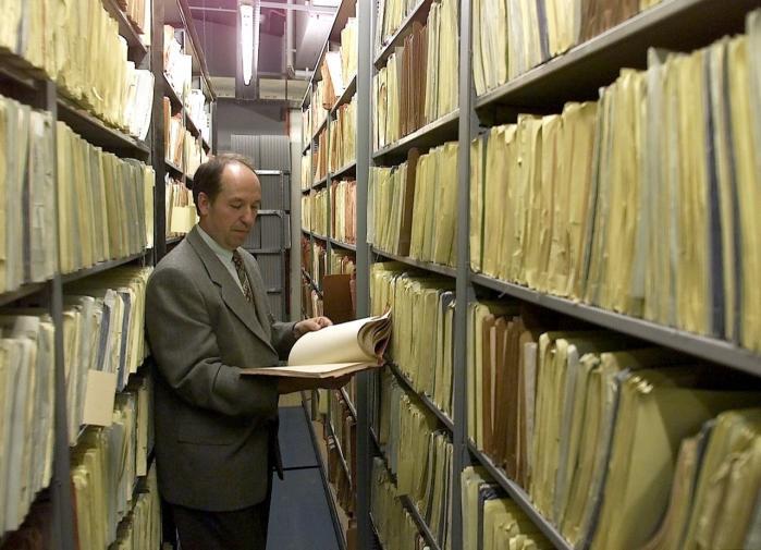 Hvis Danmark vælger at udlevere de hidtil hemmeligholdte Stasi-efterretninger om danskere, kan det afsløre navnene på omkring 20 formodede agenter.   Arkiv