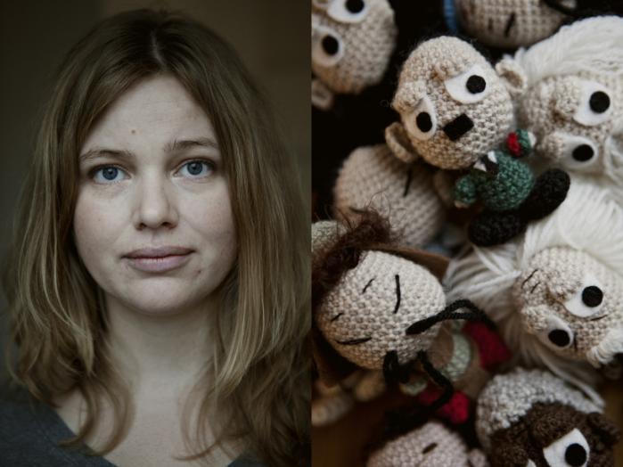 Først udgav hun bøger med nuttede legetøjsdyr, men nu har Maja Hansen kastet sig over at hækle Hitler, Mao og Nietzsche. Det er dog hverken et politisk eller kunstnerisk projekt. Jeg har bare lavet det for sjov, siger hun.