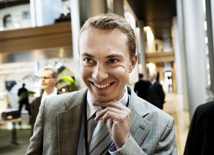 DF's kontroversielle, 31 årige politiker, Morten Messerschmidt, erklærer: 'Den eneste relativt velfunderede EU-modstand, vi har i Danmark, udspringer af Dansk Folkeparti og dermed af mig'.