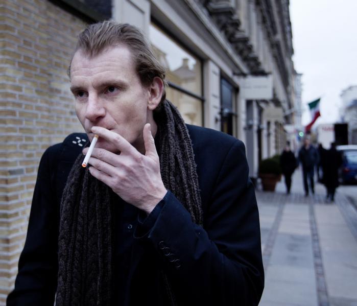 Thomas Skade-Rasmussen Strøbech afviser at betale sin bankgæld under henvisning til, at han ikke længere eksisterer.