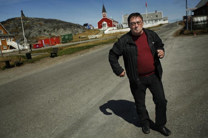 Kuupik Kleist og partiet IA vandt valget i Grønland   og dannede en koalitionsregering. Med ham ændrede   de politiske forhold i Grønland sig radikalt.