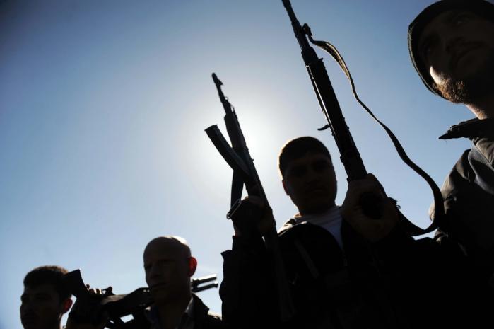 Der er masser af sympati for de syriske oprørere, men det kniber med at finde lande, der officielt vil forpligtige sig til at hjælpe dem.