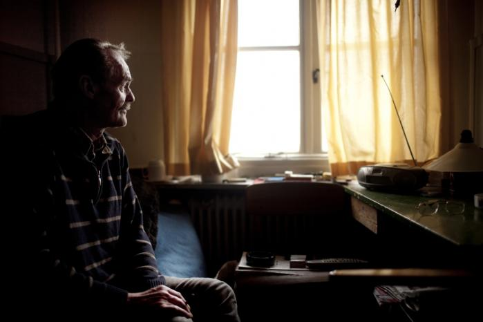 59-årige Bent Taudal lever i dag på botilbuddet 'Kollegiet' i Valby. Han drømmer om en dag at flytte til Hundested, hvor han kan være tættere på sin mor. »Der er for mange fristelser her i byen. Jeg kan bedre lide at bo på bøhlandet,« siger han.