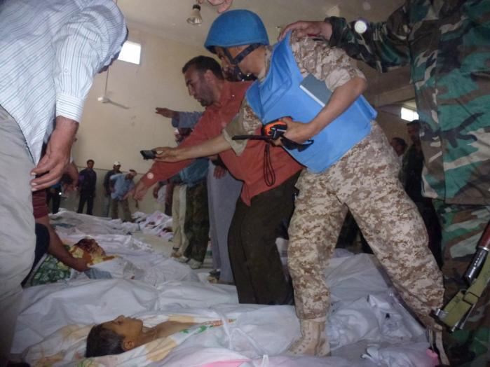 FN's observatører dokumenterede massakren i Houla, hvor over 100 personer – heriblandt et halvt hundrede børn – blev dræbt.