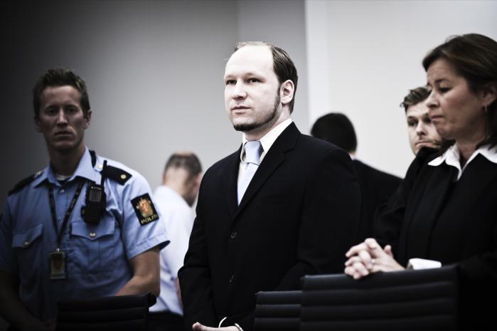 Vi har behov for hjælp til at få øje på hinanden som hele mennesker. Modernitetens mobilitet og de tiltagende sociale forskelle gør, at vores kendskab til de nærmeste mennesker omkring os bliver stadig mindre, skriver Niels Christie på baggrund af Breivik-sagen.