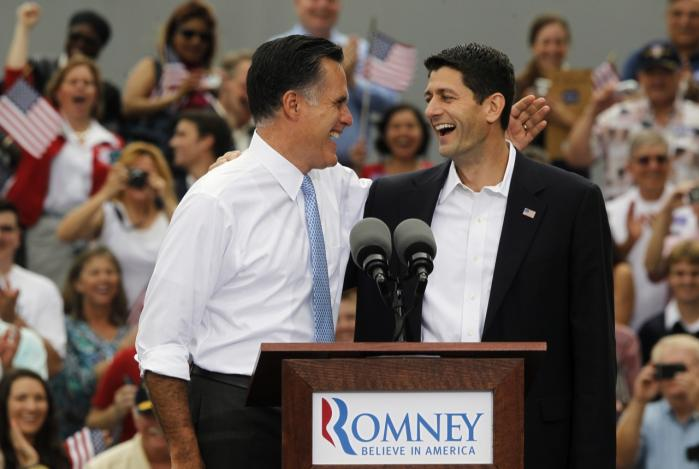 Mitt Romney og Paul Ryan gjorde et ganske andet indtryk af gensidig beundring, end John McCain og Sarah Palin gjorde under valgkampen i 2008, hvor de optrådte noget akavet sammen.