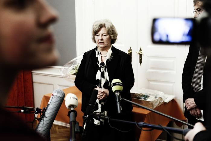 I marts 2011 blev VK-regeringens integrationsminister, Birthe Rønn Hornbech, afskediget som følge af den såkaldte Statsløsesag.