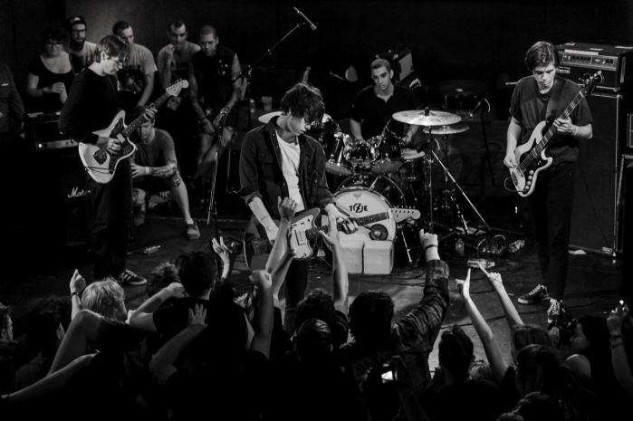 De fandenivoldske punkknægte fra bandet Iceage fik i 2011 stor medieopmærksomhed og blev udråbt til genoplivere af den danske punkscene. Nu er de aktuelle med deres andet udspil, der er lidt skuffende