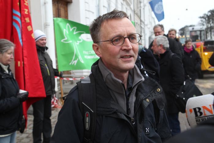 Lærerformand Anders Bondo Christensen ved Forligsinstitutionen. Der er rejst kritik af, at lærerne står over for en samlet front bestående af regeringen og Kommunernes Landsforening, men koordinering af indsatsen i forbindelse med overenskomstforhandlinger er ikke noget nyt – hverken for arbejdsgivere eller arbejdstagere.