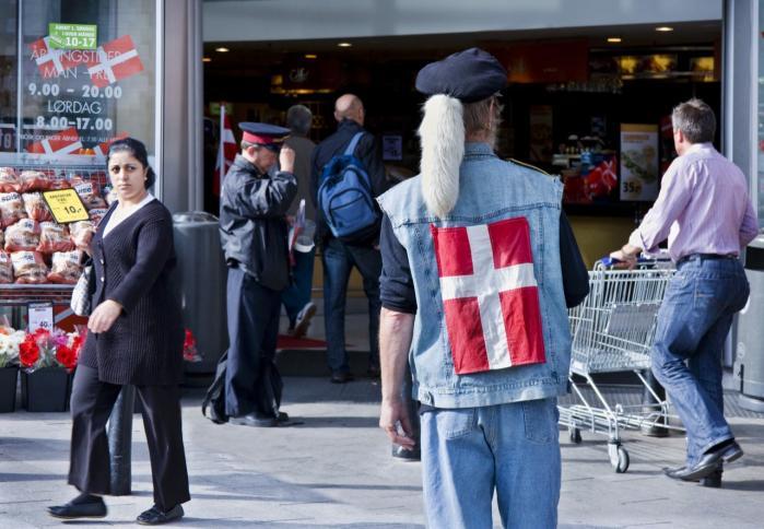 Bjarne Corydon (S) henviser til, at indkomstforskellene i 2010 – og altså før reformerne – var højere, men Enhedslisten og Dansk Folkeparti kritiserer, at det ikke bare er enkelte, men alle regeringens reformer, som øger uligheden.
