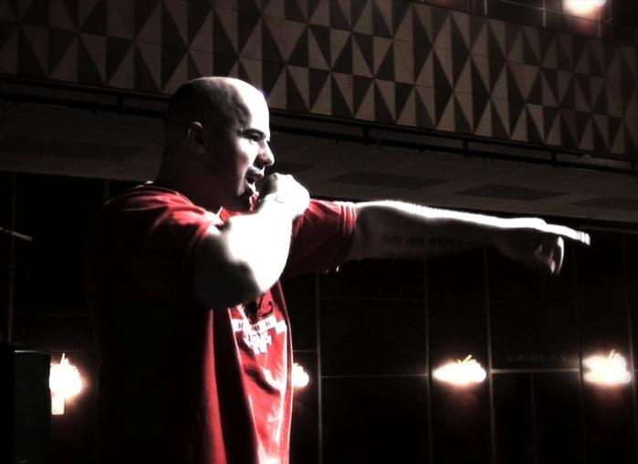 'De kalder ham Skurken' er et eksempel på, hvad den rå rap siden sin vorden har kunnet som ventil og adspredelse for nogle af samfundets mest utilpassede størrelser. Foto: DR