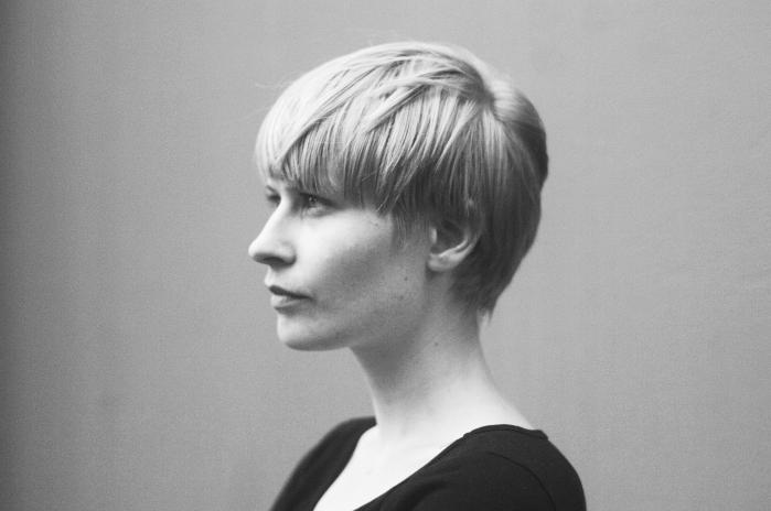 Den 32-årige norske Jenny Hval er sanger, sangskriver, musiker, forfatter, kunstner og musikkritiker. Hun synger bramfrit om lyst og begær, og hendes knejsende emotionelle sangstil er beslægtet med Sinead O'Connor. Foto: PR-foto