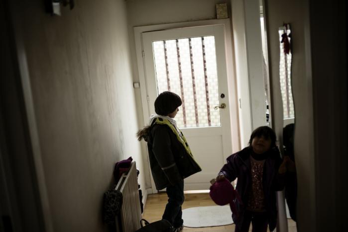 Selv om Ibrahim på otte og Özlem på seks år er født og opvokset i Danmark og taler dansk skal de sammen med deres forældre udvises til Irak. Ifølge papirerne i sagen har myndighederne ikke taget hensyn til barnets tarv i deres afgørelse.