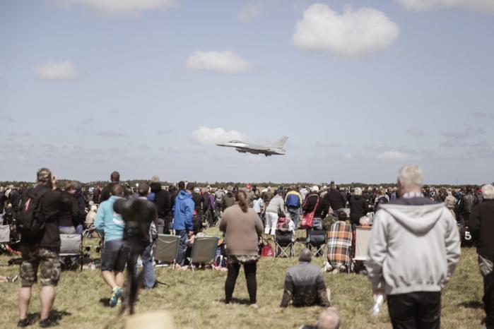 Kampflyet Eurofighter demonstreres ved Danish Air Show på flyvestation Karup.