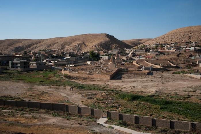 Byen Bashiqa i Iraks nordlige Mosul-region. Mosuls kristne mindretal flygter ind i Kurdistan og til andre dele af verden, efter at de militante oprørere fra gruppen ISIL har taget kontrol med Mosul
