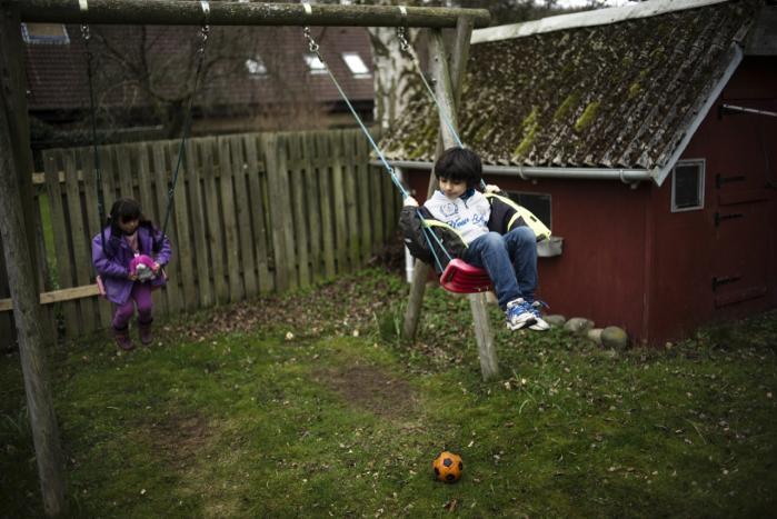 En irakisk familie med to børn fra Allerød er blevet udvist af Danmark, selv om begge børn er født her i landet.