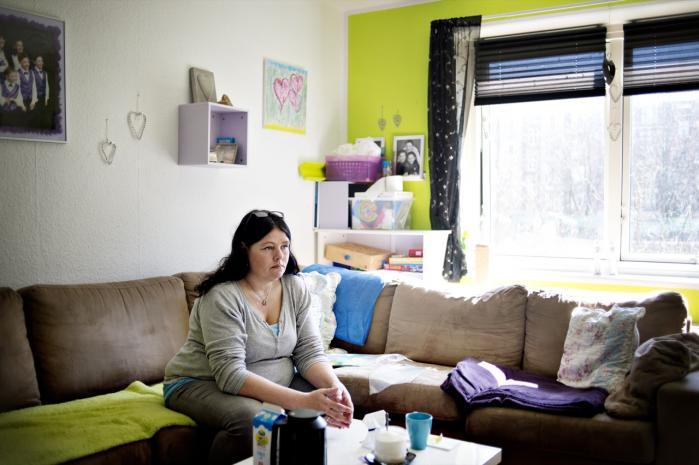 48-årige Karina Larsen har været på kontanthjælp i 30 år og har nu fået en mentor.