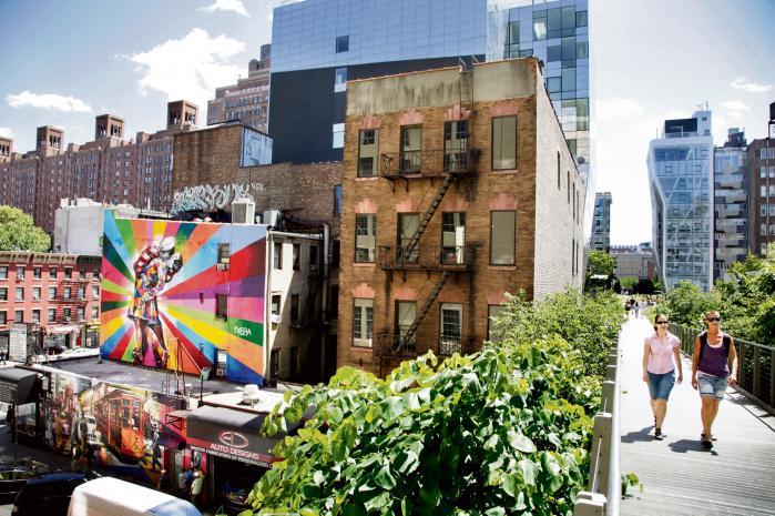 High Line i New York er en langstrakt grøn park, der er bygget på den tidligere højbane på Manhattan. Arkivfoto