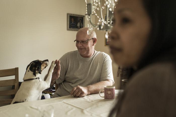 Finn Kristensen blev opereret for kræft i 2013 og 2015. På grund af eftervirkninger fra sygdommene har han været på sygedagpenge siden juni i år. Men nu har han mistet sine sygedagpenge og kan blive nødt til at prøve at finde et arbejde for at få økonomien til at hænge sammen.