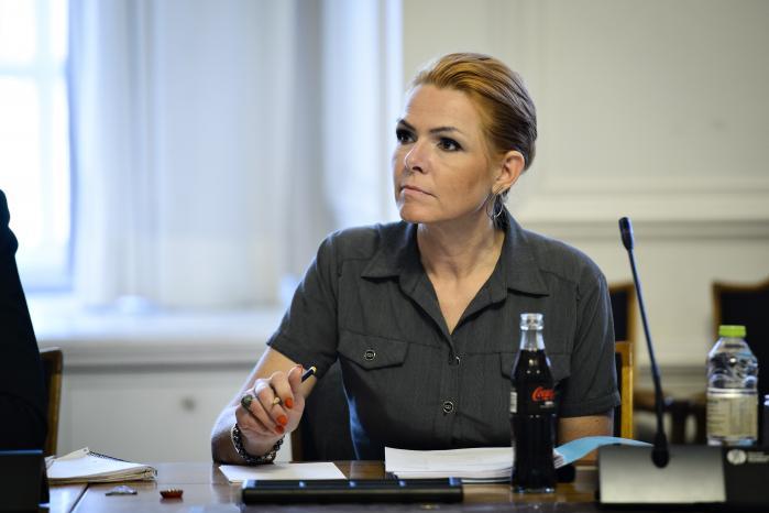 Inger Støjberg ved gårsdagens samråd, hvor udlændingeministeren afviste en hasteprocedure for uledsagede flygtningebørns familiesammenføring