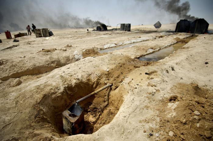 Olieindustrien i de områder, der er kontrolleret af IS, er den væsentligste indtægtskilde for den islamistiske organisation.