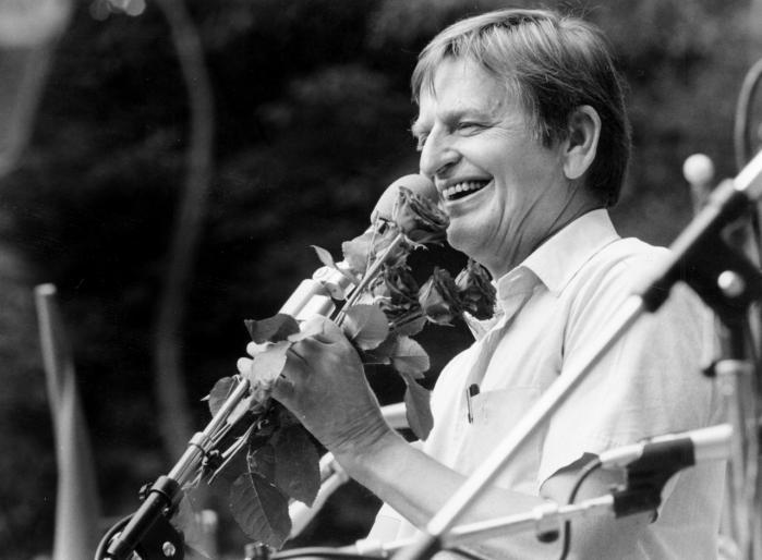 Det er 30 år siden på søndag, at Sveriges socialdemokratiske statsminister blev Olof Palme myrdet i Stockholm efter et biografbesøg. Mordet er stadig uopklaret og svensk politi har i dag 275 hyldemeter dokumenter om sagen.