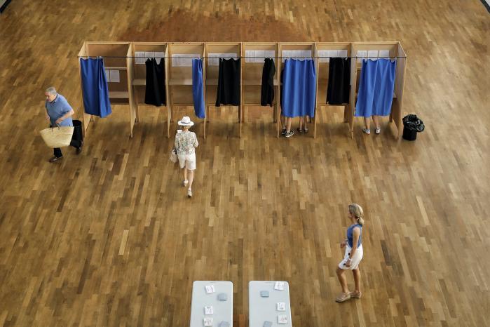 Første runde af det franske parlamentsvalg blev en jordskredssejr til Macrons parti, La République en Marche ! Anden runde bliver afviklet i morgen.