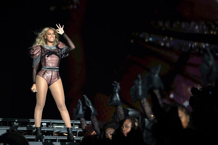 Dette efterår udbyderKøbenhavns Universitetet kursus i Beyoncé. Her giver Informationet indblik ifire cases fra studiet i Beyoncé Knowlesværker, som lektor Erik Steinskog udbyder til75 studerende.