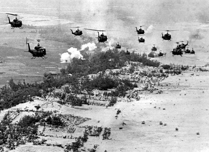 Da Berlingske og Jyllands-Posten valgte side i Vietnamkrigen | Information