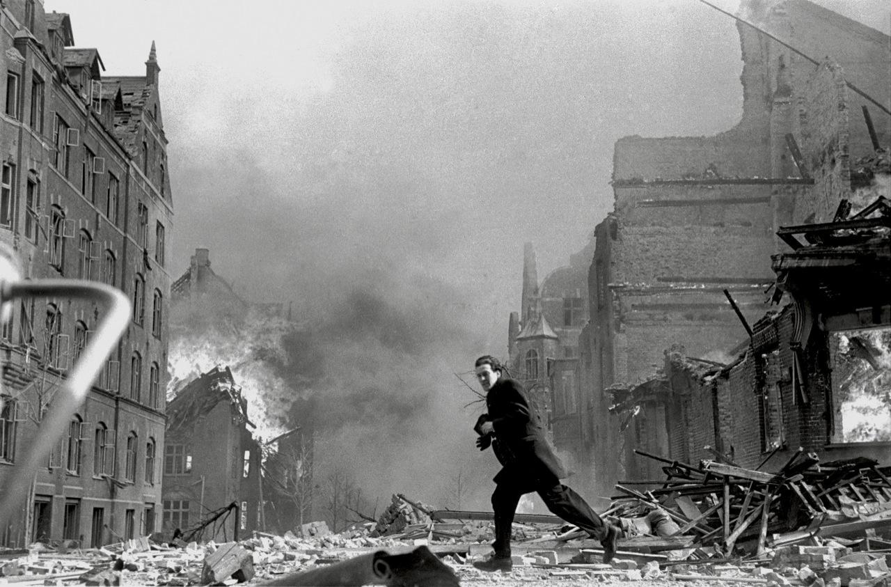 Bombningen af Den Franske Skole blev redigeret ud af erindringen | Information