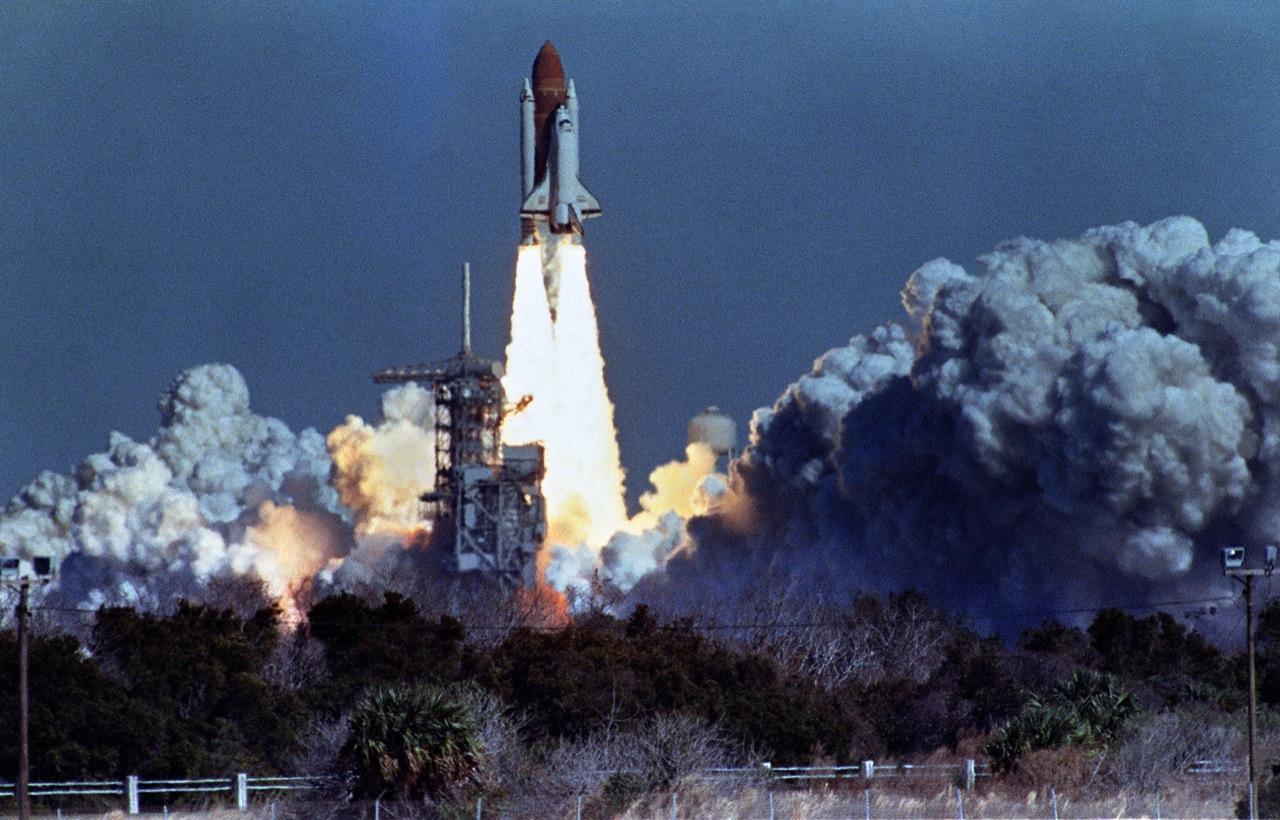 space shuttle challenger - HD1200×769